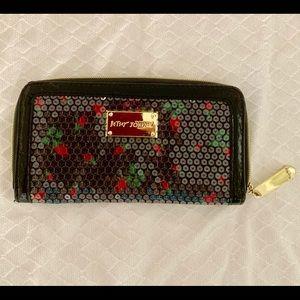 Betsey Johnson wallet like new